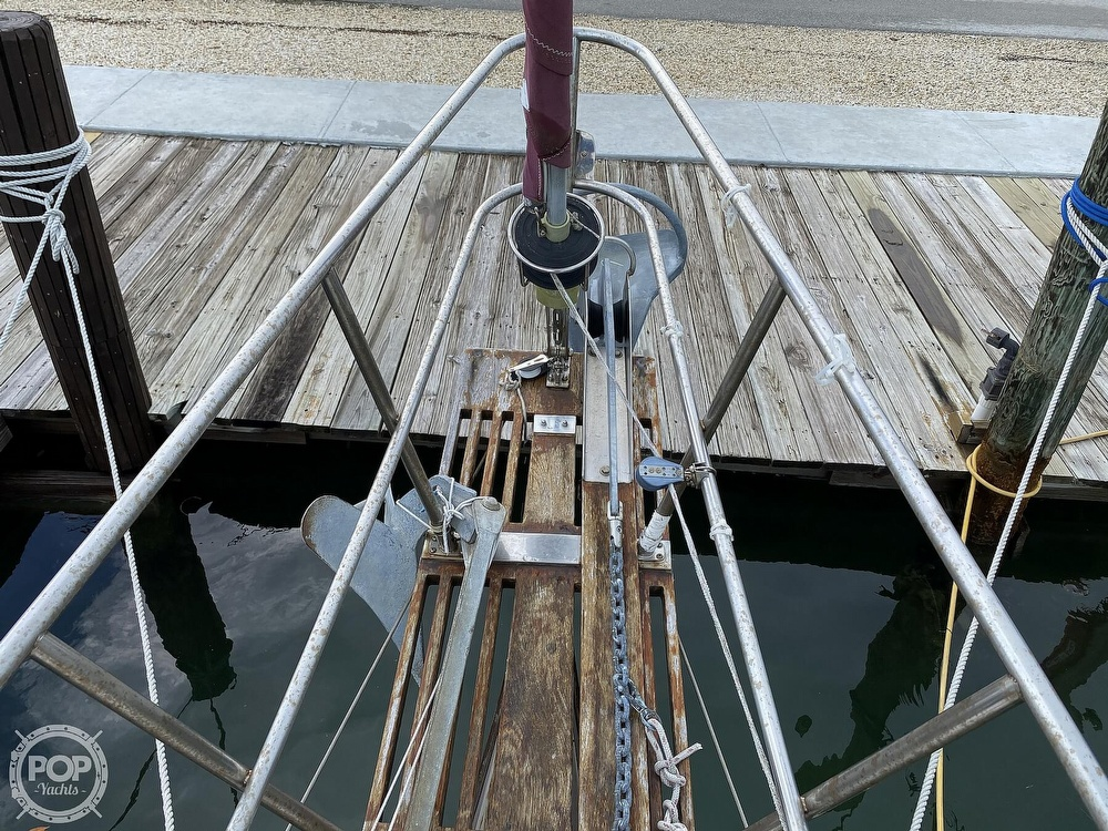 1986 Bayfield Yachts boat for sale, model of the boat is 29 & Image # 27 of 40