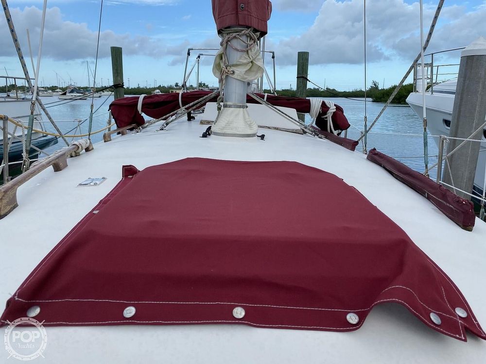 1986 Bayfield Yachts boat for sale, model of the boat is 29 & Image # 28 of 40