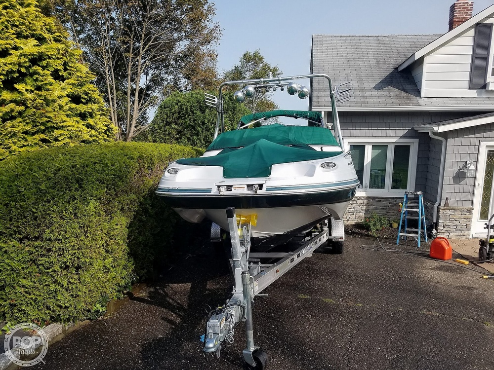 2004 Four Winns boat for sale, model of the boat is 210 Fun Ship & Image # 2 of 15