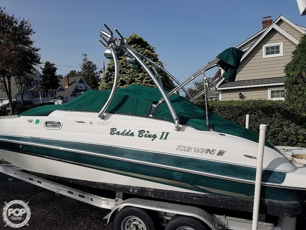 2004 Four Winns boat for sale, model of the boat is 210 Fun Ship & Image # 3 of 15