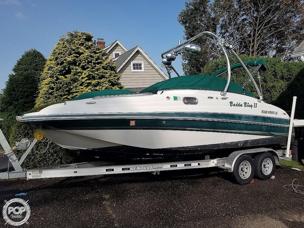 2004 Four Winns boat for sale, model of the boat is 210 Fun Ship & Image # 4 of 15