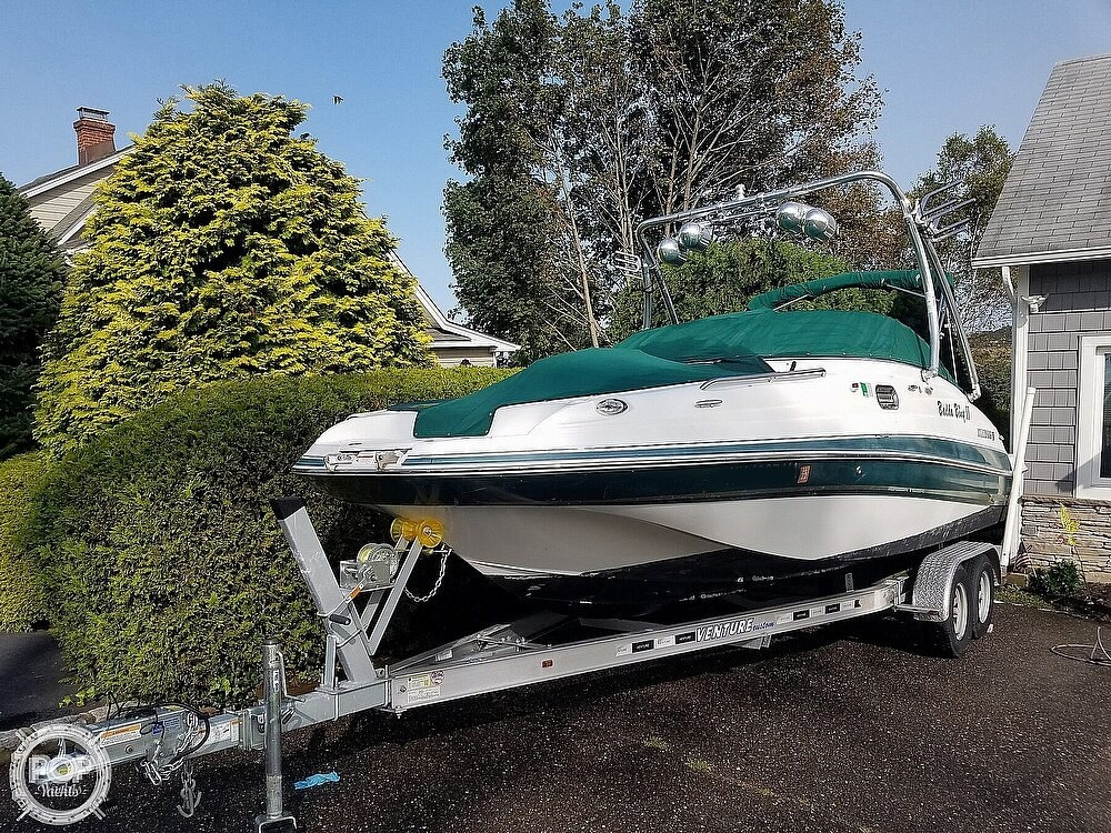 2004 Four Winns boat for sale, model of the boat is 210 Fun Ship & Image # 5 of 15