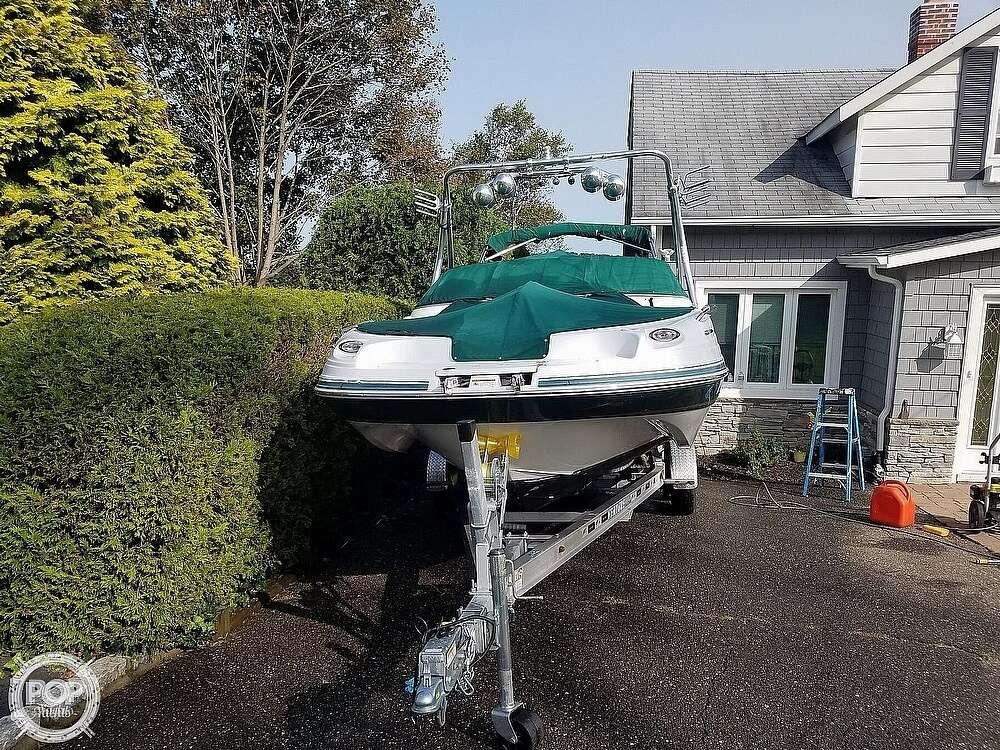 2004 Four Winns boat for sale, model of the boat is 210 Fun Ship & Image # 6 of 15