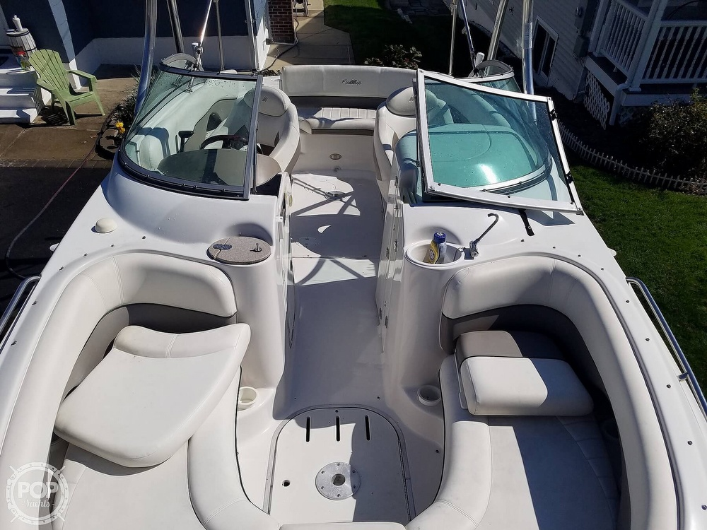 2004 Four Winns boat for sale, model of the boat is 210 Fun Ship & Image # 8 of 15