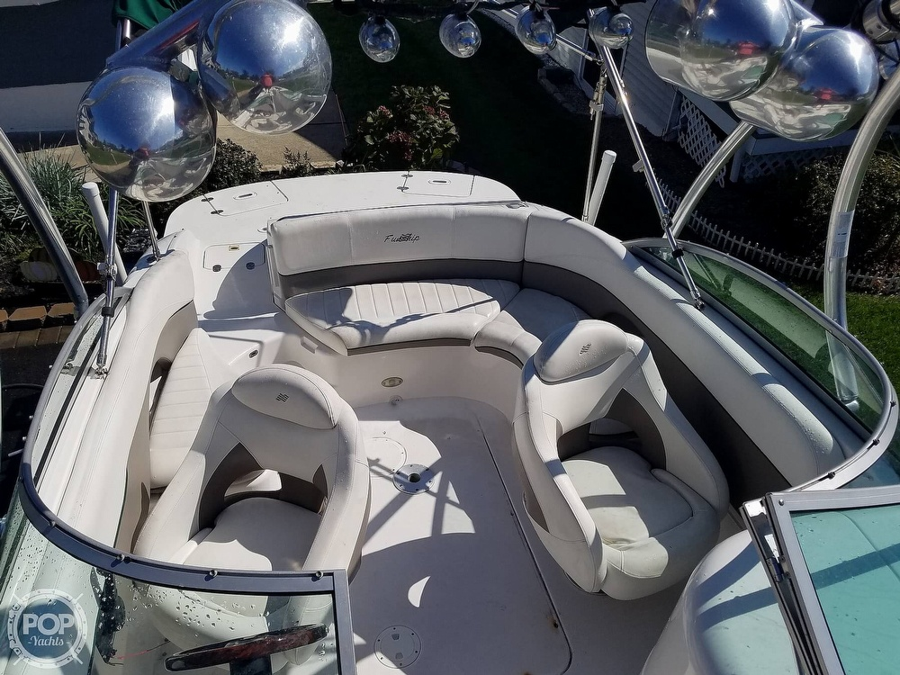 2004 Four Winns boat for sale, model of the boat is 210 Fun Ship & Image # 10 of 15
