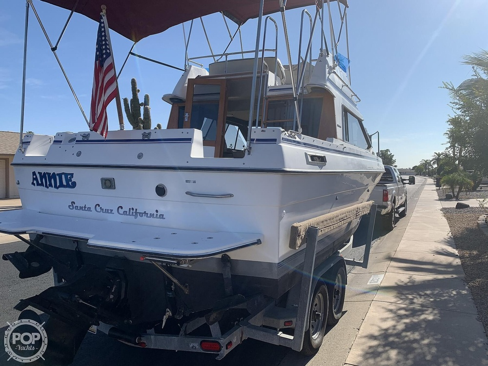 1990 Bayliner boat for sale, model of the boat is 2556 Command Bridge Ciera & Image # 6 of 40