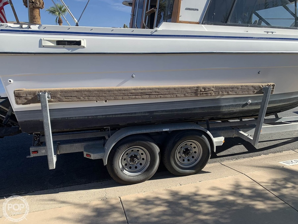 1990 Bayliner boat for sale, model of the boat is 2556 Command Bridge Ciera & Image # 10 of 40