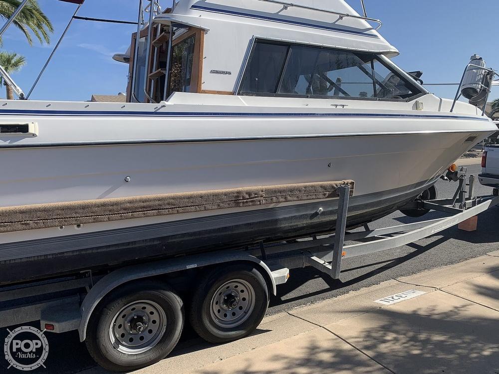 1990 Bayliner boat for sale, model of the boat is 2556 Command Bridge Ciera & Image # 5 of 40