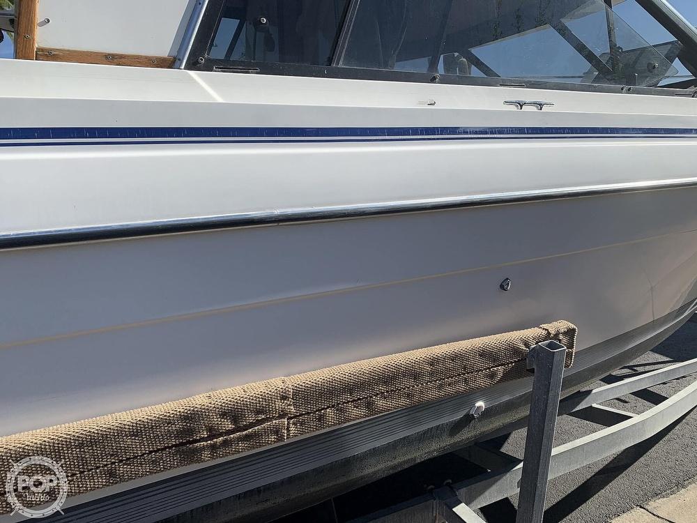 1990 Bayliner boat for sale, model of the boat is 2556 Command Bridge Ciera & Image # 16 of 40