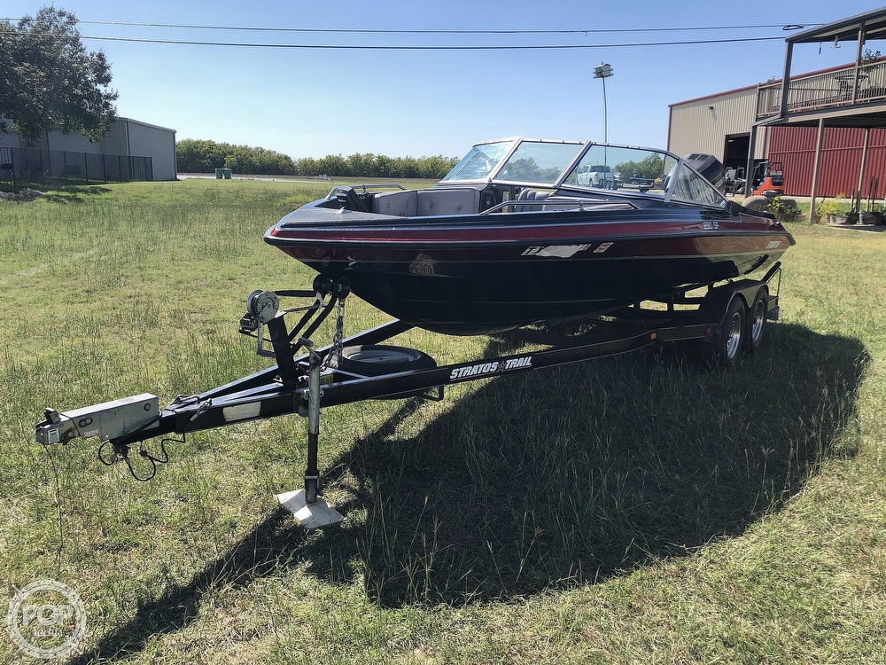 1997 Stratos boat for sale, model of the boat is 290 SF & Image # 11 of 40