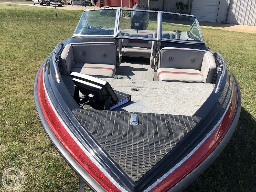 1997 Stratos boat for sale, model of the boat is 290 SF & Image # 3 of 40