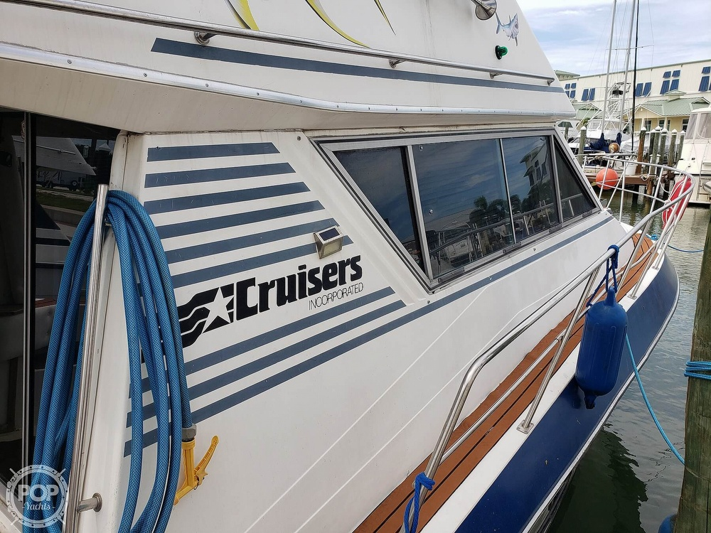 1988 Cruisers Yachts boat for sale, model of the boat is 3380 Esprit & Image # 13 of 40