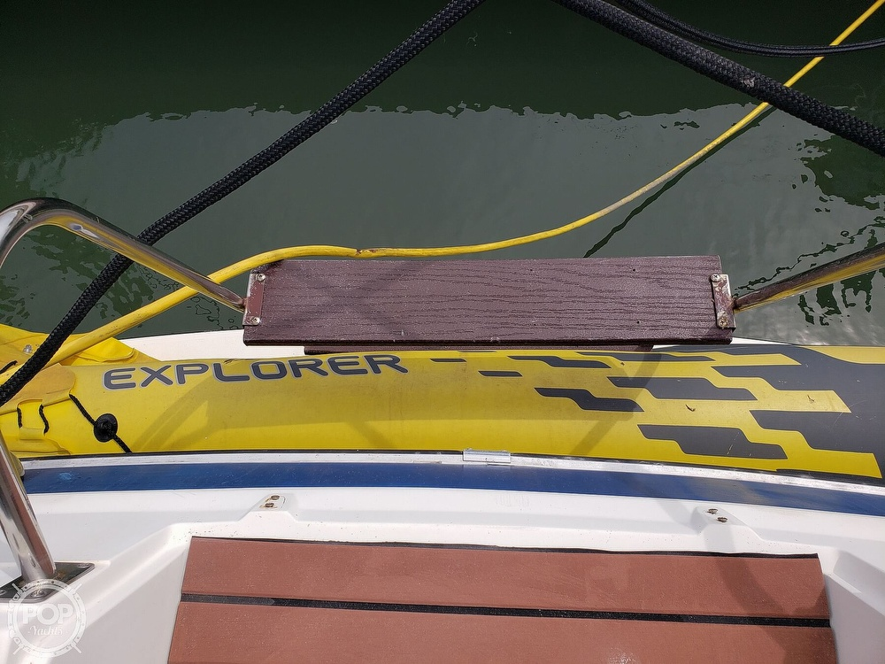 1988 Cruisers Yachts boat for sale, model of the boat is 3380 Esprit & Image # 36 of 40