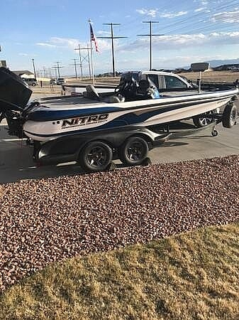 2003 Nitro boat for sale, model of the boat is 911 CDC & Image # 2 of 19