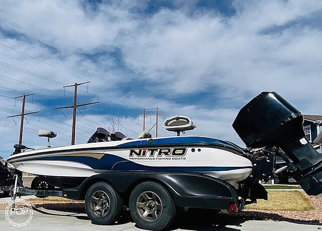 2003 Nitro boat for sale, model of the boat is 911 CDC & Image # 17 of 19