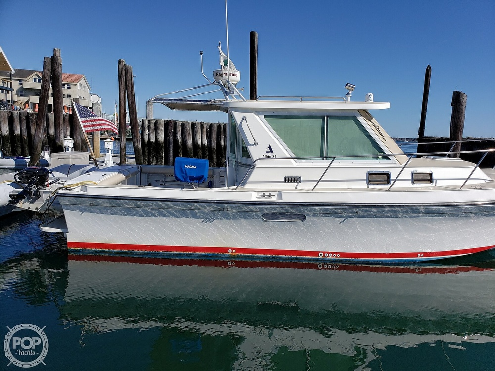2001 Albin Yachts boat for sale, model of the boat is 31 TE & Image # 22 of 40