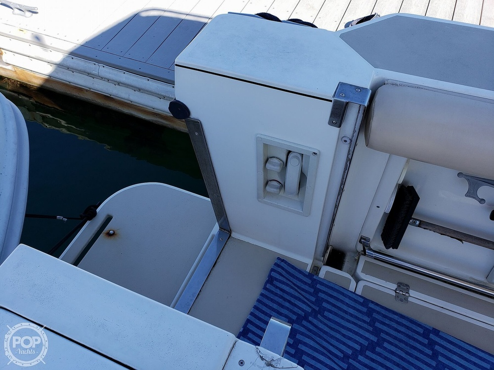 2001 Albin Yachts boat for sale, model of the boat is 31 TE & Image # 36 of 40