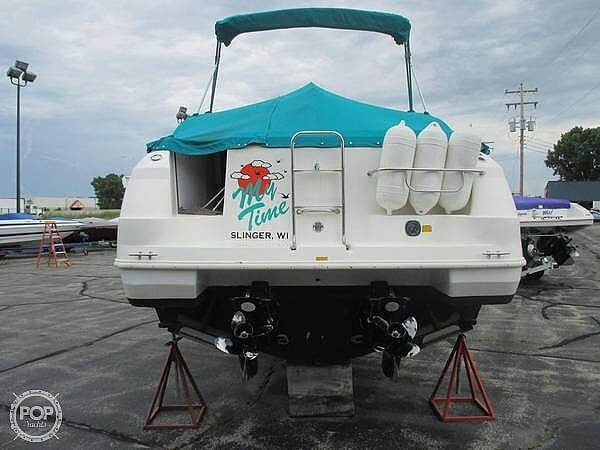 1996 Cruisers Yachts boat for sale, model of the boat is 3175 Rogue & Image # 8 of 19