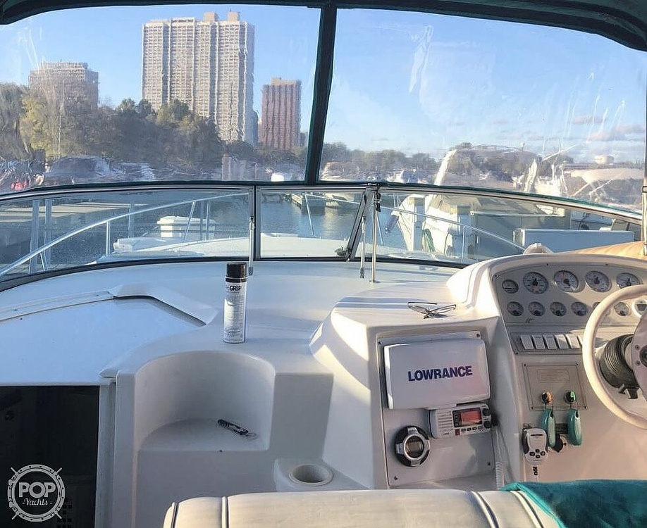 1996 Cruisers Yachts boat for sale, model of the boat is 3175 Rogue & Image # 2 of 40
