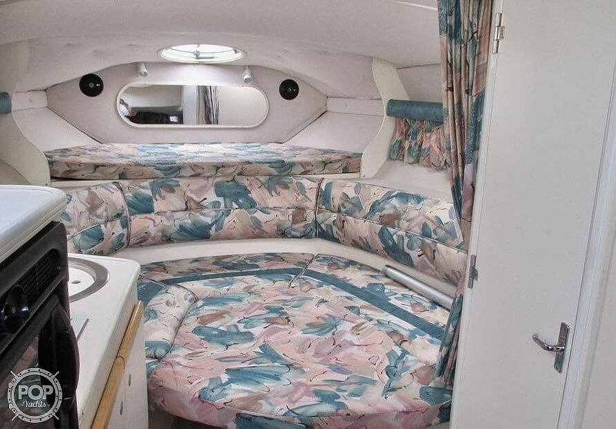 1996 Cruisers Yachts boat for sale, model of the boat is 3175 Rogue & Image # 33 of 40