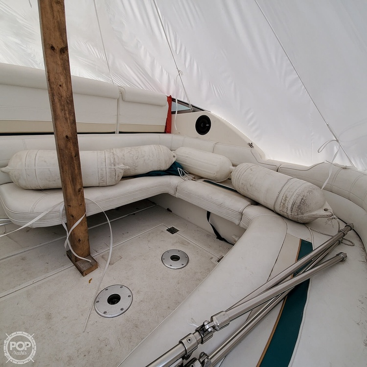 1996 Cruisers Yachts boat for sale, model of the boat is 3175 Rogue & Image # 13 of 40