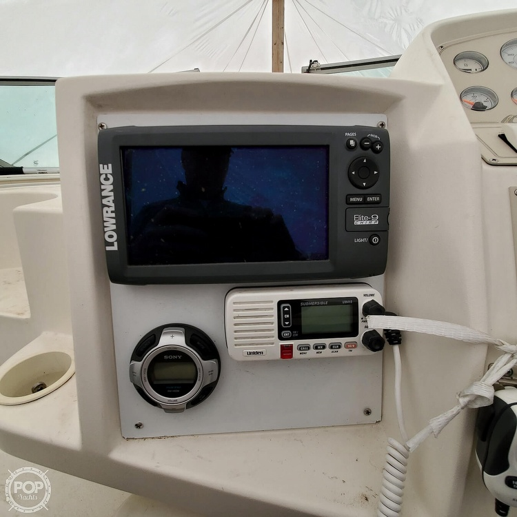 1996 Cruisers Yachts boat for sale, model of the boat is 3175 Rogue & Image # 4 of 40