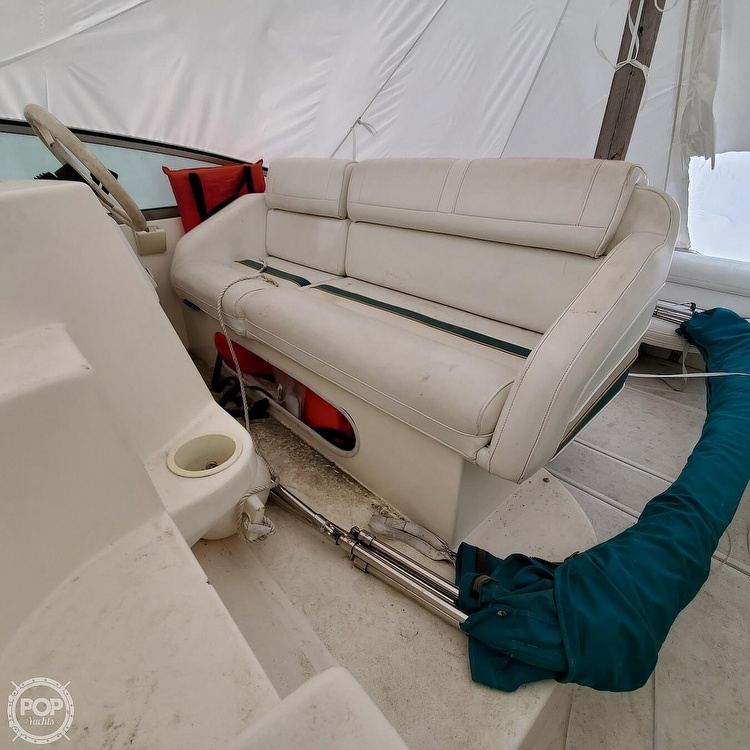 1996 Cruisers Yachts boat for sale, model of the boat is 3175 Rogue & Image # 7 of 40