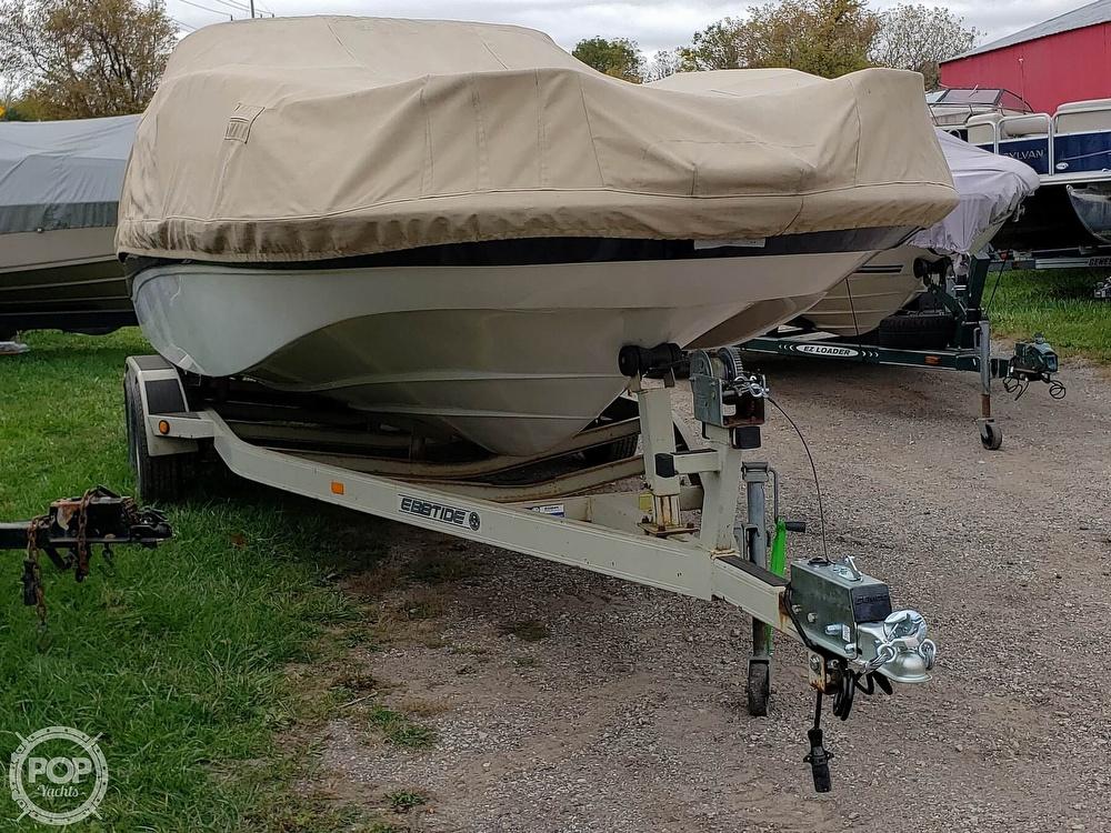 2001 Ebbtide boat for sale, model of the boat is Mystique 2400 & Image # 32 of 40