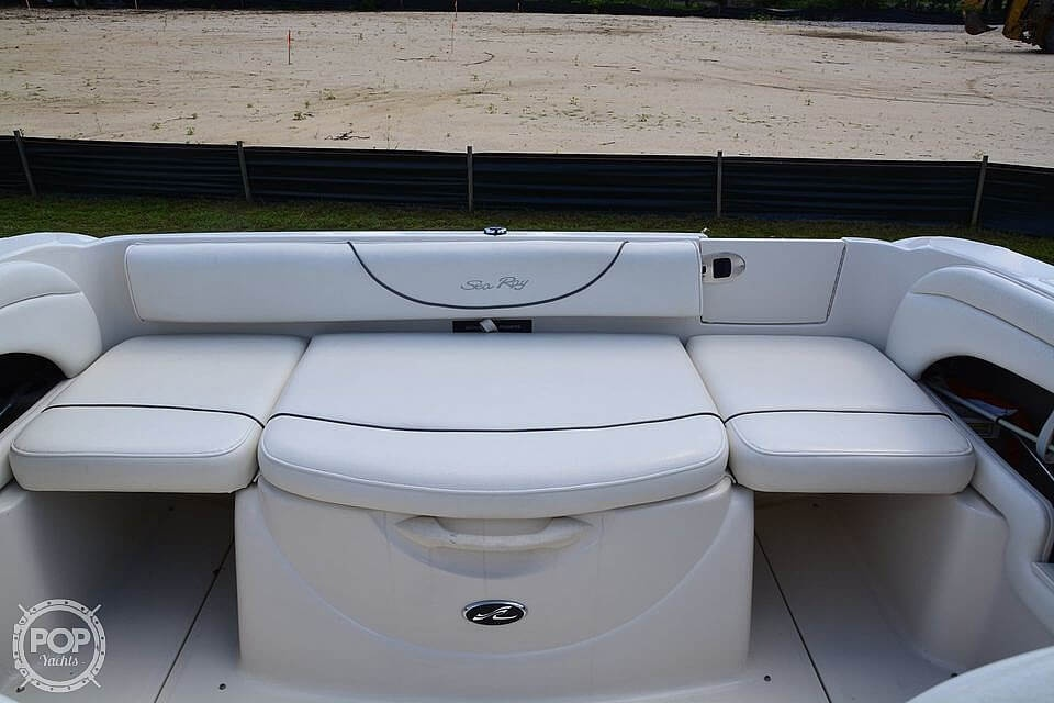 2004 Sea Ray boat for sale, model of the boat is Weekender 225 & Image # 6 of 40