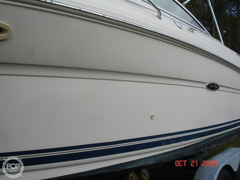 2004 Sea Ray boat for sale, model of the boat is Weekender 225 & Image # 10 of 40