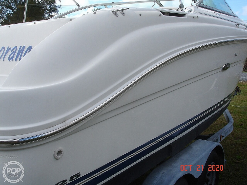 2004 Sea Ray boat for sale, model of the boat is Weekender 225 & Image # 19 of 40