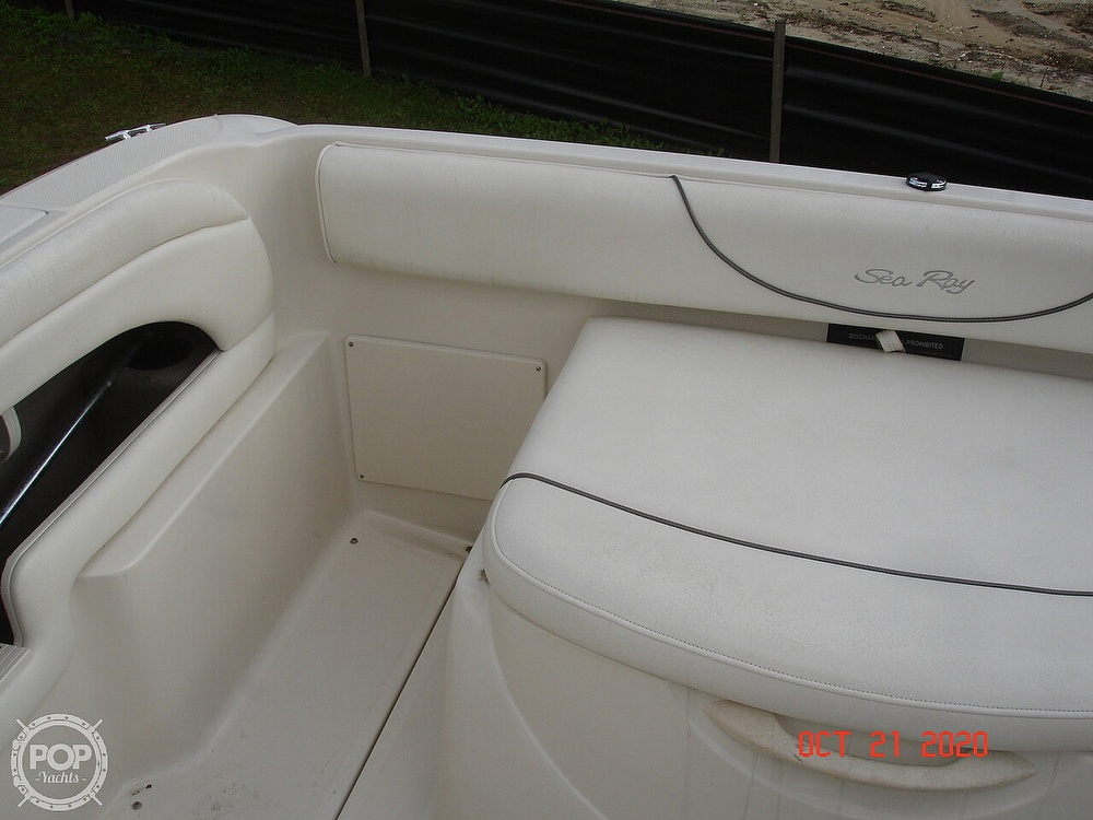 2004 Sea Ray boat for sale, model of the boat is Weekender 225 & Image # 25 of 40