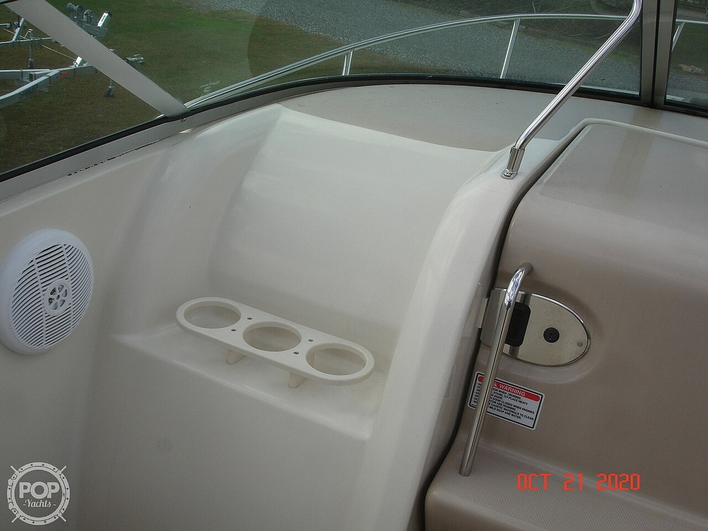 2004 Sea Ray boat for sale, model of the boat is Weekender 225 & Image # 35 of 40