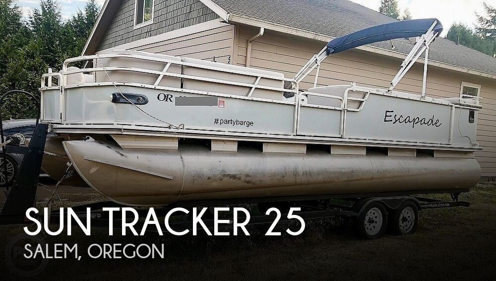 2001 Sun Tracker boat for sale, model of the boat is Party Barge 25 & Image # 1 of 12