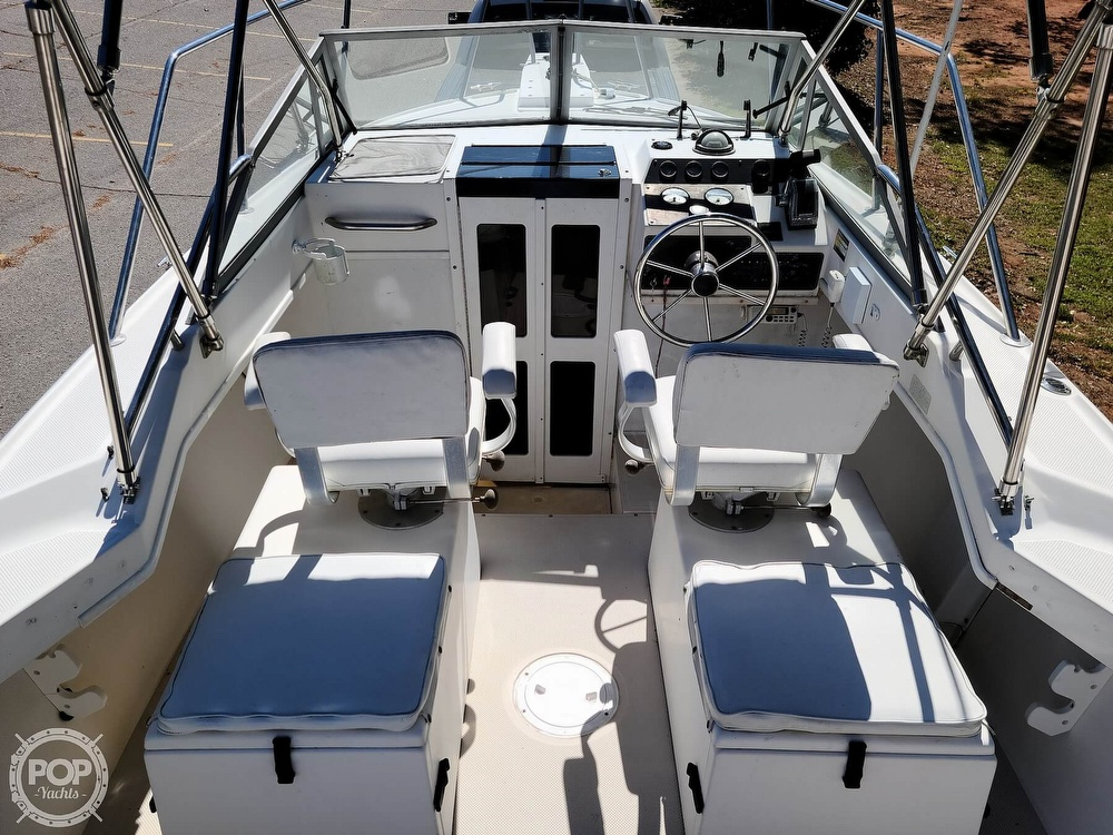 1993 Robalo boat for sale, model of the boat is 2160 & Image # 2 of 40