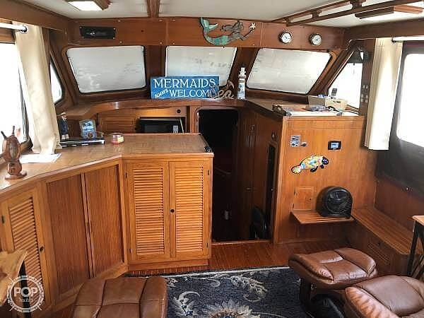 1987 Kha Shing boat for sale, model of the boat is 40 Spindrift & Image # 12 of 40