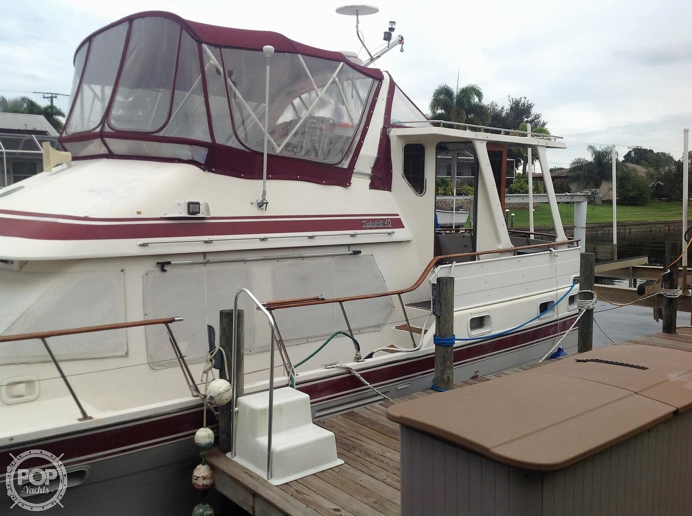 1987 Kha Shing boat for sale, model of the boat is 40 Spindrift & Image # 25 of 40