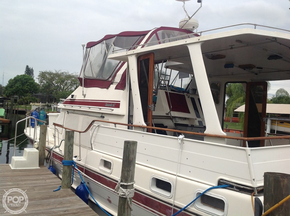1987 Kha Shing boat for sale, model of the boat is 40 Spindrift & Image # 3 of 40