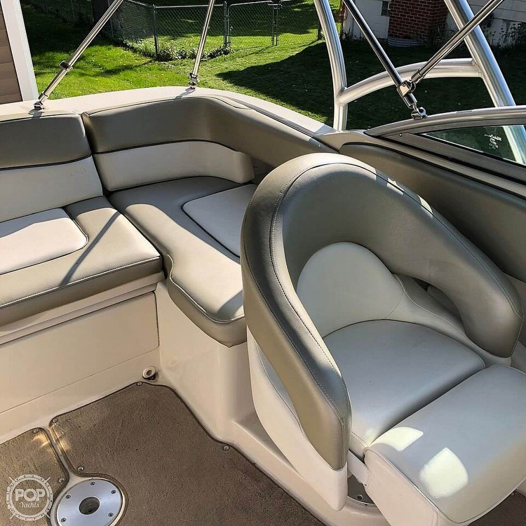 2006 Sea Ray boat for sale, model of the boat is 220 Sundeck & Image # 11 of 21