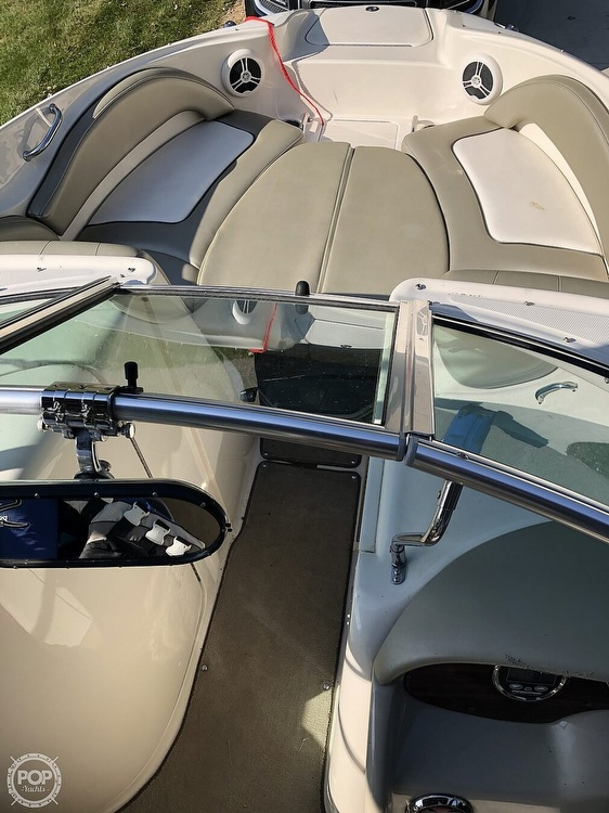 2006 Sea Ray boat for sale, model of the boat is 220 Sundeck & Image # 12 of 21