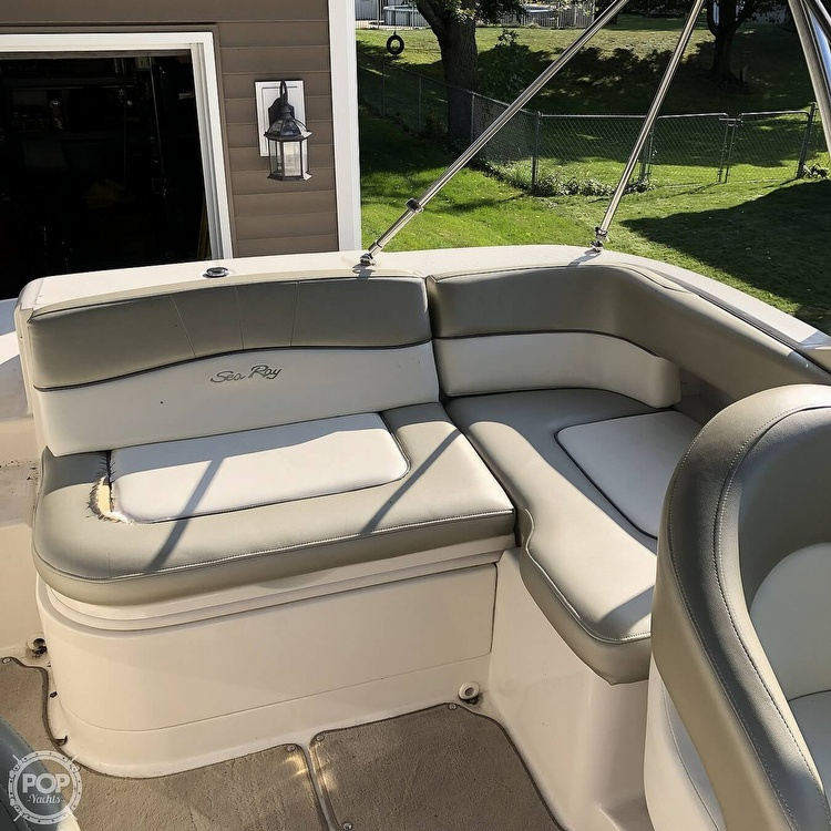 2006 Sea Ray boat for sale, model of the boat is 220 Sundeck & Image # 17 of 21