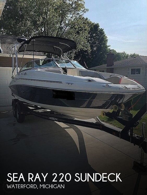 2006 Sea Ray boat for sale, model of the boat is 220 Sundeck & Image # 1 of 21
