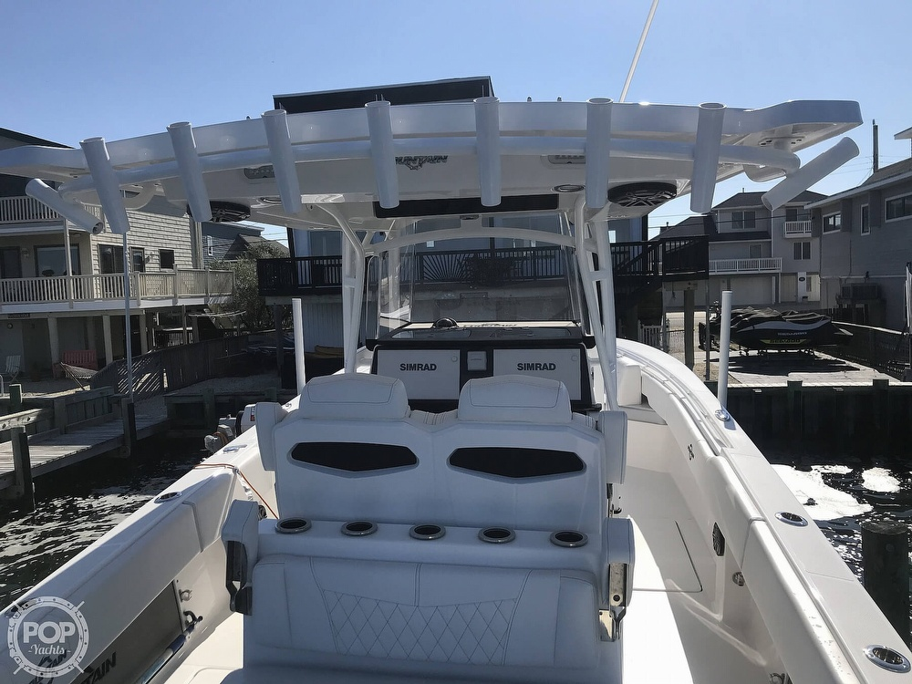 2020 Fountain boat for sale, model of the boat is 34CC LS & Image # 32 of 40