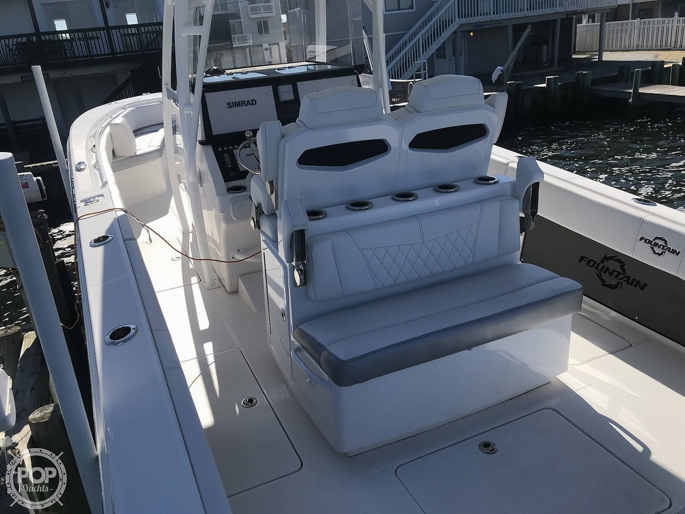 2020 Fountain boat for sale, model of the boat is 34CC LS & Image # 35 of 40