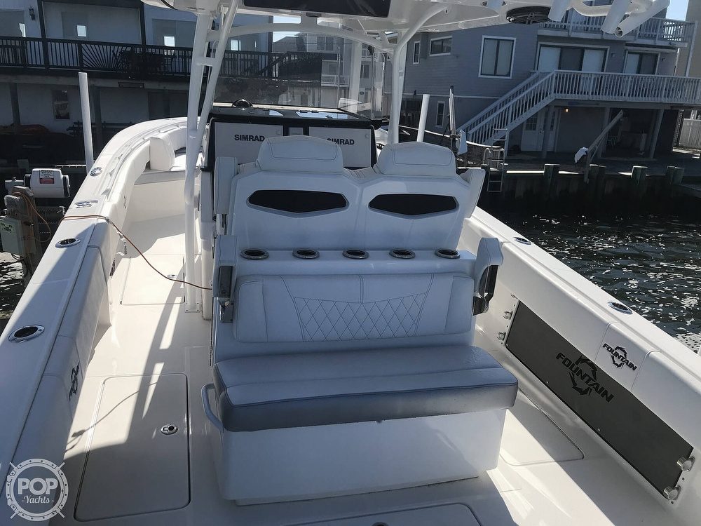 2020 Fountain boat for sale, model of the boat is 34CC LS & Image # 38 of 40