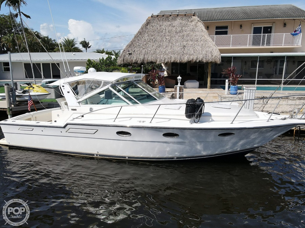 1996 Tiara Yachts boat for sale, model of the boat is 3300 Open & Image # 18 of 40