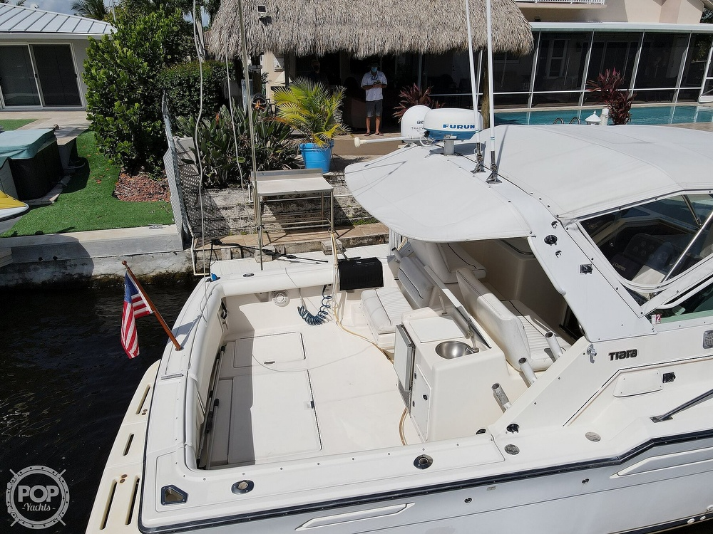 1996 Tiara Yachts boat for sale, model of the boat is 3300 Open & Image # 19 of 40