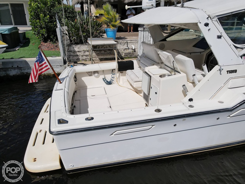 1996 Tiara Yachts boat for sale, model of the boat is 3300 Open & Image # 20 of 40