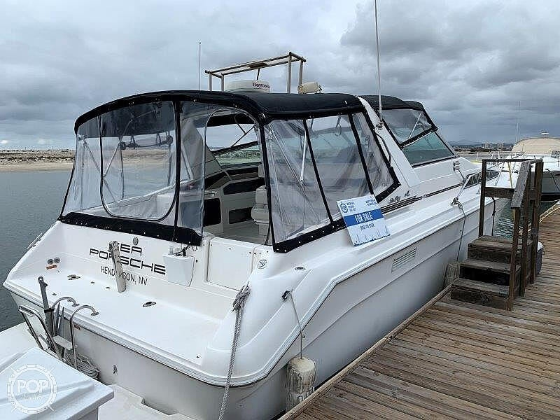 1992 Sea Ray boat for sale, model of the boat is Sundancer 440 & Image # 12 of 40