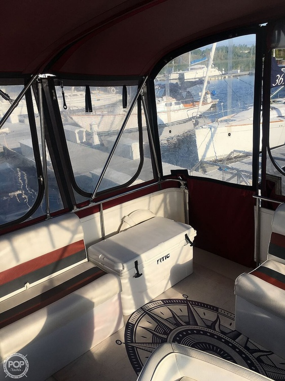 1977 Chris Craft boat for sale, model of the boat is 350 Catalina & Image # 13 of 28